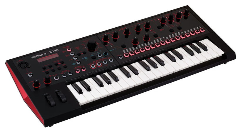 JD-XI Synthesizer - Eigene Beats machen / Bild: Thomann.de