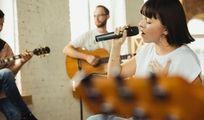 Guitariste acoustique cherche guitariste & chant pour duo ou trio