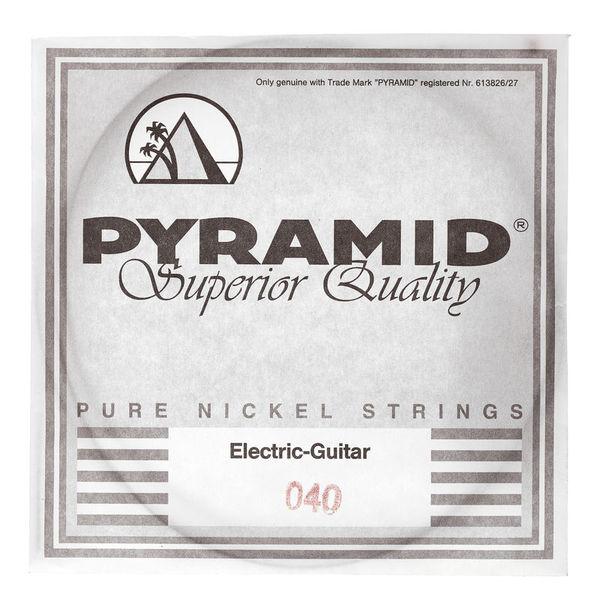 Pyramid 040