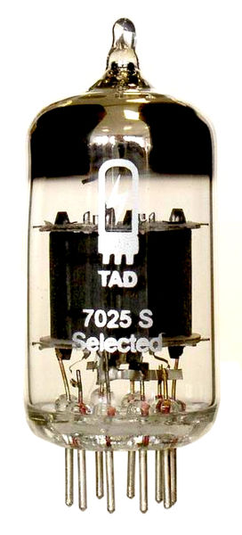 TAD RT011 Tube 7025S Mullard