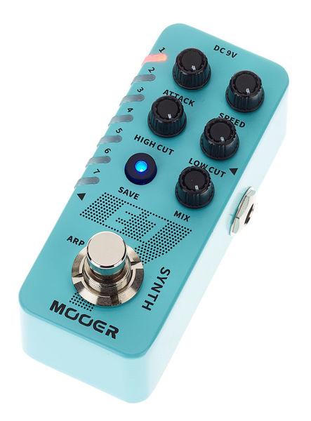 Mooer E7 Polyphonic Guitar Synth.