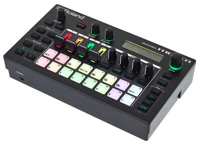 Roland MC-101 B-Stock