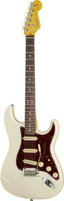 Fender AM Pro II Strat OWT