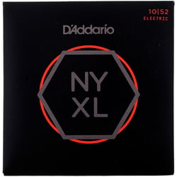 NYXL1052 Daddario