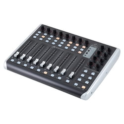 X-Touch Compact Behringer