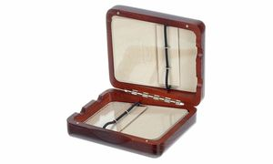 Cases for Reeds and Pipes