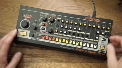 Roland TR-08 – Thomann UK