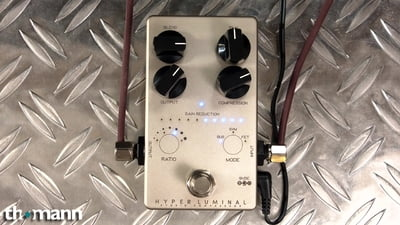 Darkglass Hyper Luminal Compressor
