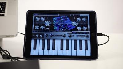 iConnectAudio4+: Audio- und MIDI-Interface für iOS Geräte